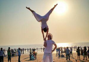 #PrêtàLiker : quand un couple d'acrobates se marie autour du monde !