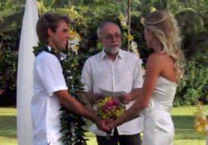 Un couple retrouve l'appareil photo qui a servi à leur mariage deux ans plus tard
