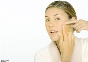 Faut-il traiter l'acné de nos ados ?