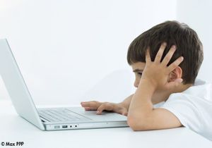 Internet : un numéro vert pour aider le contrôle parental