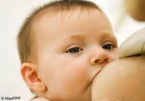 La pratique de l'allaitement varie selon le niveau social
