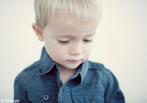 Les gouttes pour les yeux dangereuses pour les enfants
