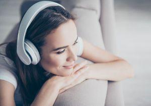 Faites le plein de bonnes ondes avec les podcasts ELLE ZEN !
