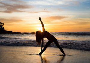 Ces photos de yoga à la plage vont vous donner envie d'essayer