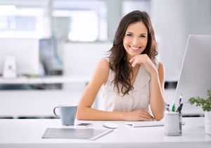 Yoga au bureau : comment se calmer avant un rendez-vous important