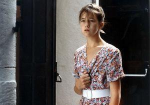 Le look de la semaine : la robe fleurie de Charlotte Gainsbourg dans « l'Effrontée »