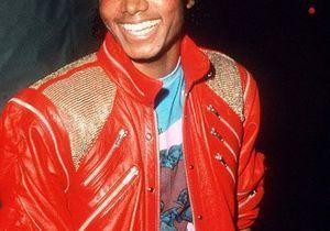 Les looks les plus iconiques du roi de la pop