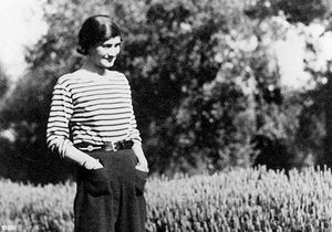 Pourquoi Coco Chanel fascine