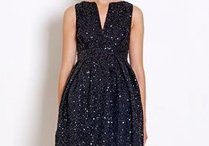 Tenue de fête : la petite robe noire se met en quatre