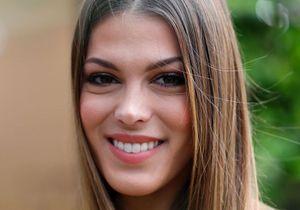 Iris Mittenaere : elle adopte le maillot de bain idéal pour sublimer son bronzage