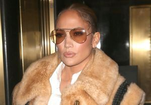 Jennifer Lopez : elle reporte pour la troisième fois l'iconique robe Versace