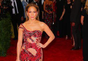 Jennifer Lopez : sa carrière en 10 looks sexy