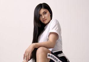Kylie Jenner ne peut plus se passer de cette paire de baskets