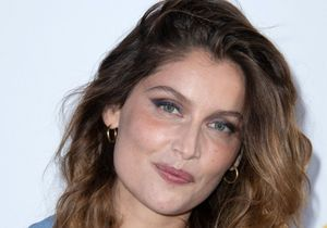 Laetitia Casta : sublime en robe transparente
