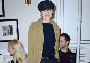 Le look d'Inès de La Fressange au défilé Schiaparelli nous inspire