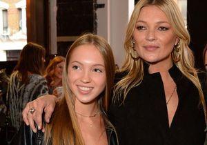 Lila Grace, la fille de Kate Moss, fait ses premiers pas à la Fashion Week de Londres