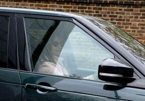 Royal baby : Pippa Middleton vêtue tout de rose pour sa première rencontre avec son neveu
