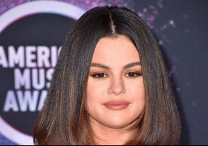 Selena Gomez : festive en pantalon à paillettes