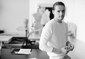 Olivier Theyskens, Azzaro : « mon objectif, c'est de faire des robes qui aident à s'affirmer »