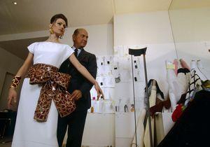 28 janvier 1993 : Oscar de la Renta présente sa première collection pour Balmain