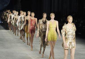 8 défilés Alexander McQueen qui ont marqué l'histoire de la mode