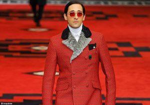 Adrien Brody mannequin star chez Prada !