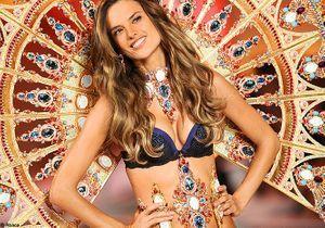 Alessandra Ambrosio a défilé enceinte chez Victoria's Secret