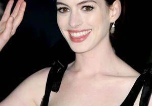 Anne Hathaway fera-t-elle craquer Marc Jacobs ?