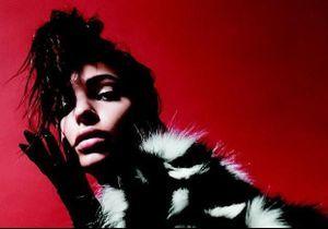 Après « Gone Girl », Emily Ratajkowski décroche une campagne Marc Jacobs