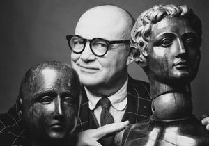 Christian Lacroix signe une collection hommage pour Schiaparelli