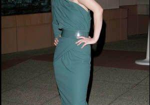 Drew Barrymore s'éclate sur les tapis rouges !