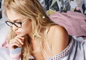 Exclu : Alice Dellal, studieuse pour Chanel