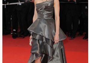 Festival de Cannes : Hilary Swank craque pour la robe à traîne
