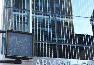 Giorgio Armani inaugure une boutique sur la Cinquième Avenue