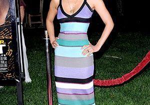 Halle Berry : robe longue et tongs sur tapis rouge !