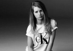 Lottie Moss, elle éclipse sa soeur Kate chez Calvin Klein