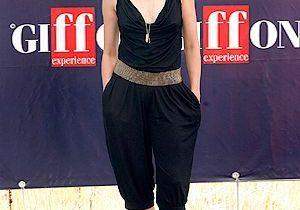 Naomi Watts adopte le sarouel