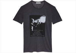 On pique le t-shirt rock Sandro de son mec