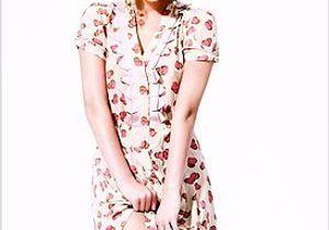 Pixie Geldof joue les mannequins