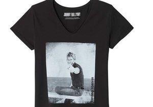 #ELLEfashioncrush : ce tee-shirt en hommage à Johnny coûte moins de 20 euros