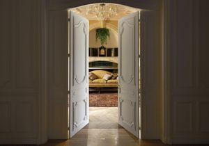 #ELLEFashionspot : dans l'intimité des créations de Clare Waight Keller avec « Givenchy at home »