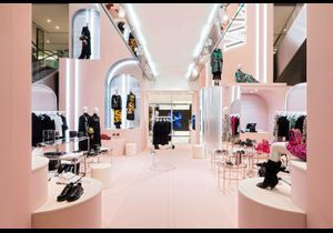 #ELLEfashionspot : le pop-up store Valentino au Printemps