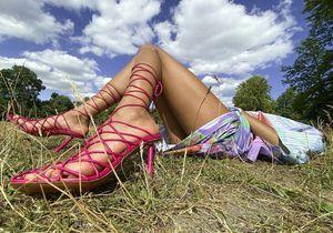 L'instant mode : les souliers imaginés par Rihanna et Amina Muaddi sont partout sur Instagram