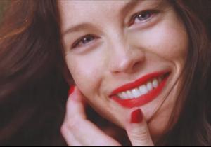 « Legs Are Not Doors » : Liv Tyler dans la nouvelle campagne vidéo de Proenza Schouler