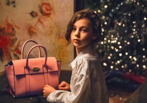 Mulberry annonce Noël avec un clip festif