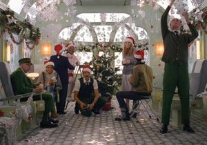 #PrêtàLiker : H&M réunit Wes Anderson et Adrien Brody pour son film de Noël