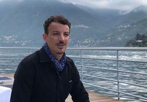 Rencontre avec Nicolas Ouchenir, le calligraphe que la mode s'arrache