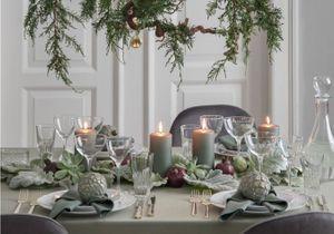 Une déco de table de Noël réussie grâce à 35 idées brillantes