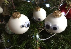 #DIY : comment customiser ses boules de Noël ?