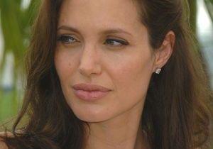 Angelina Jolie : en pleine déprime